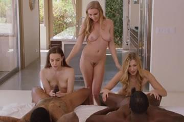 Kendra Sunderland - party with my friends