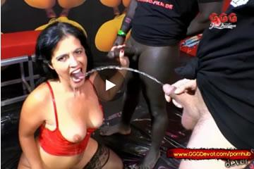 Montse Swinger - gangbang and piss orgy